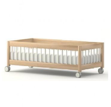 lit bas barreaux et empilable avec roulettes base lits repos. Black Bedroom Furniture Sets. Home Design Ideas
